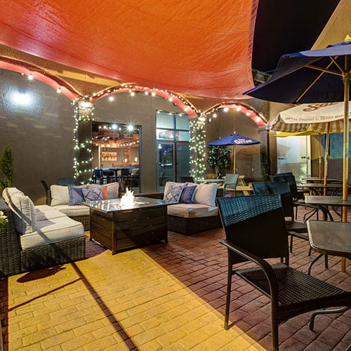 chihuahua restaurant outdoors